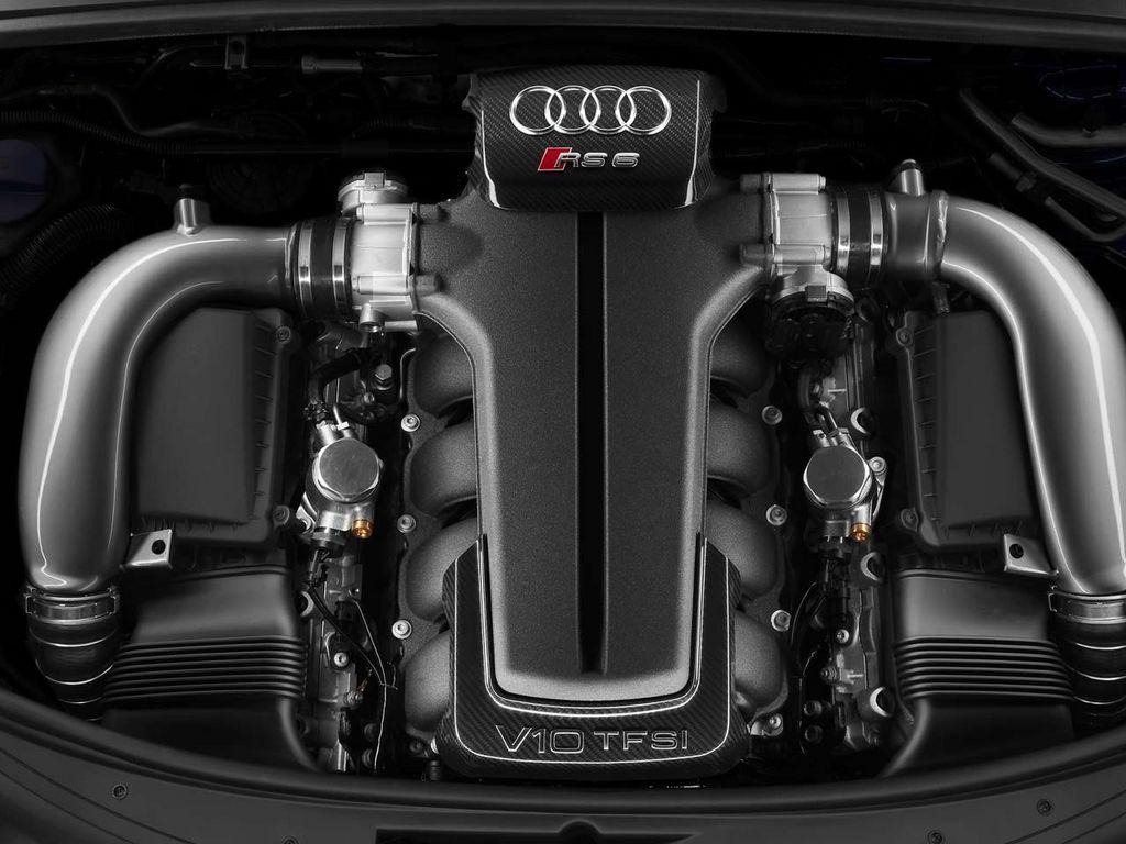 audi-rs6-motor