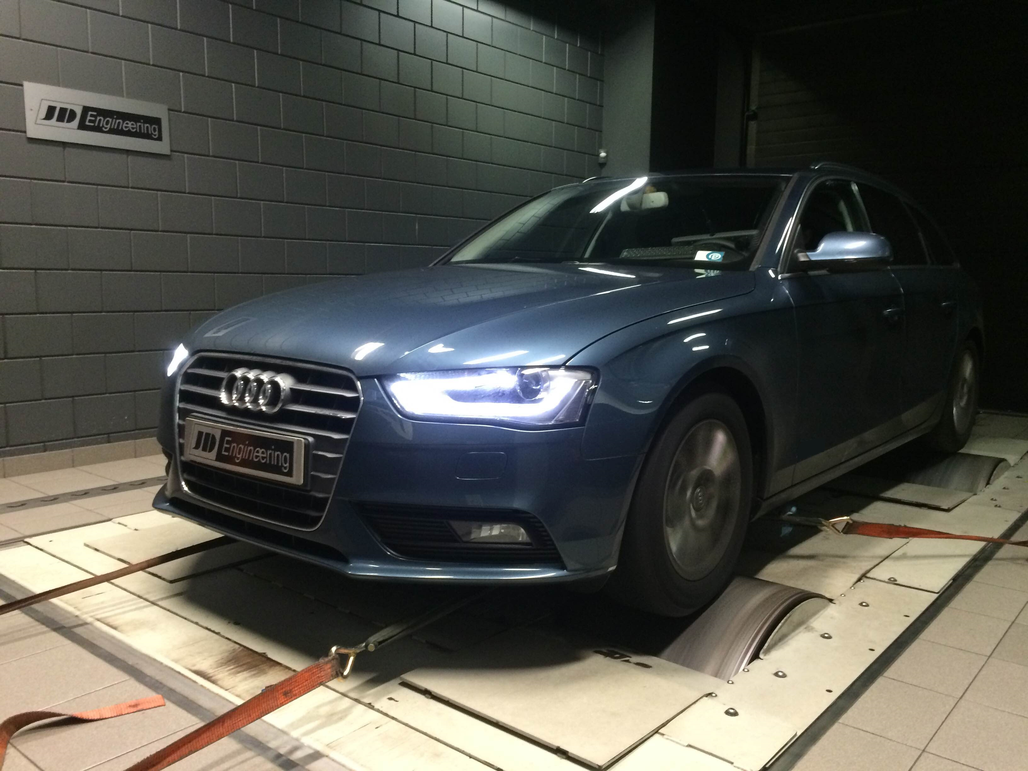 Audi a4 2.0 tdi 136pk CR ultra jd