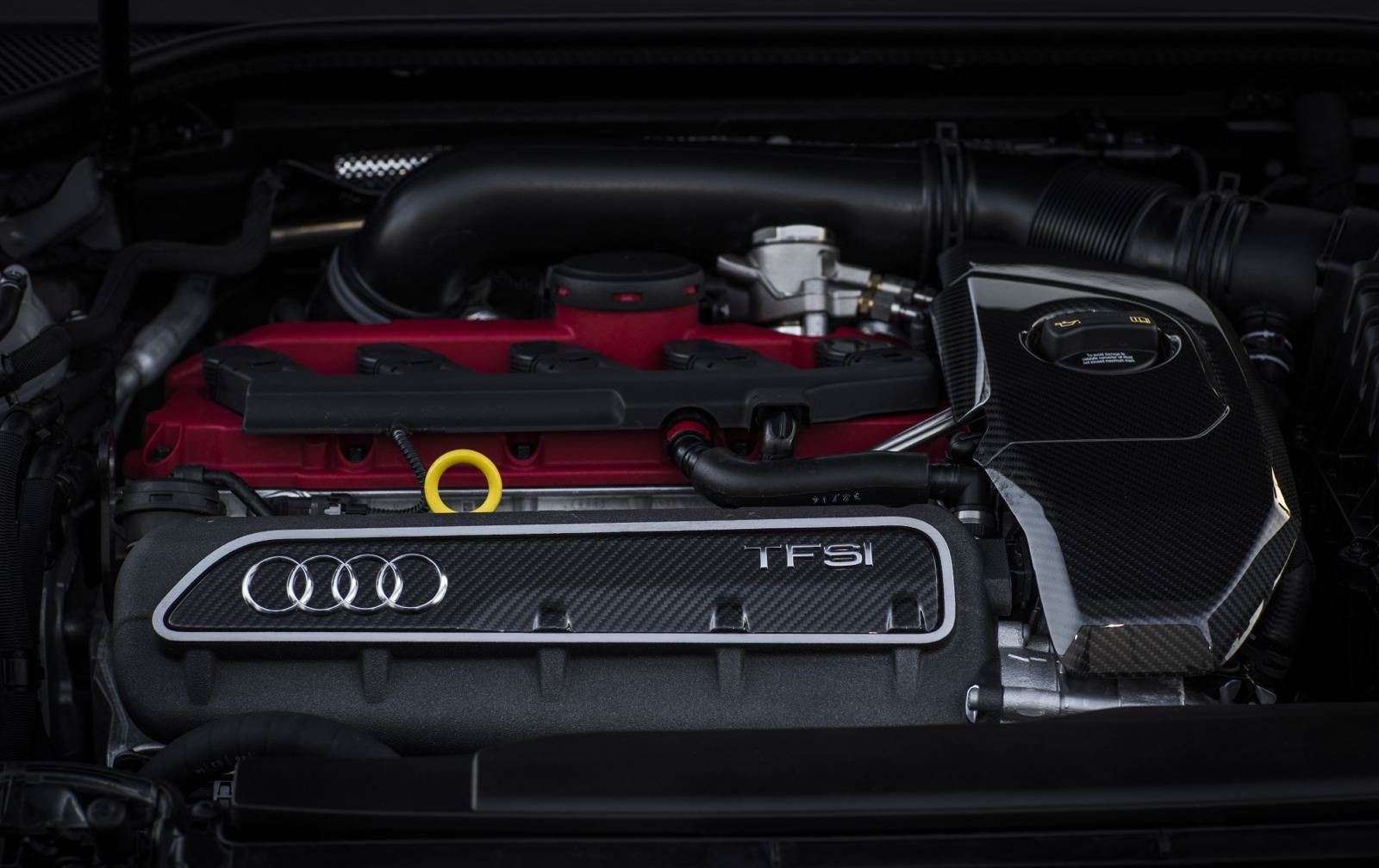 Audi-RS3-Sportback-2_5-liter-five-cylinder-TFSI